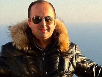 Moderátor a zabávač RICHARD VRABLEC: Závisť sa potuluje po celom svete